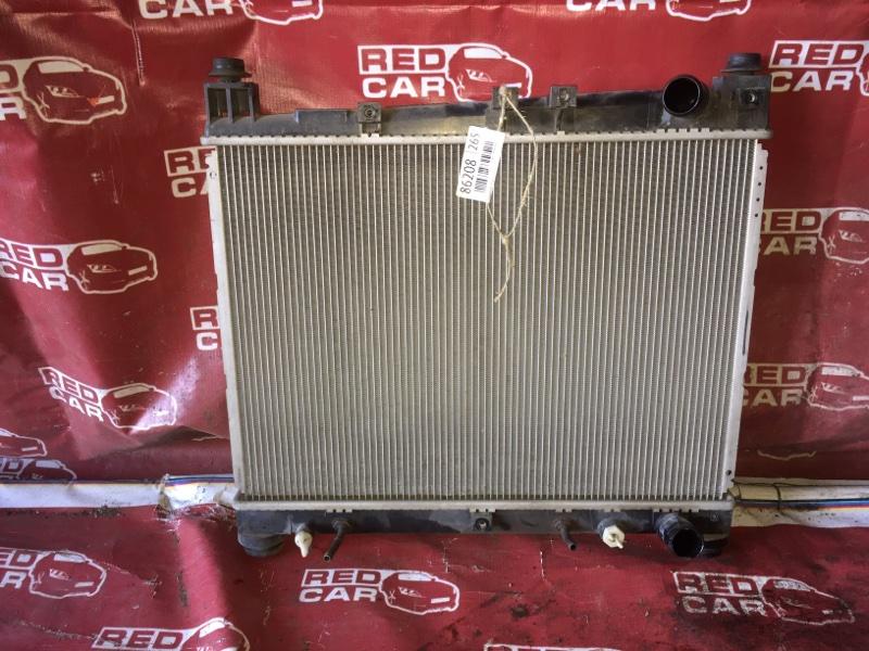 Радиатор основной Toyota Porte NNP11-5016639 1NZ-C636436 2007 (б/у)