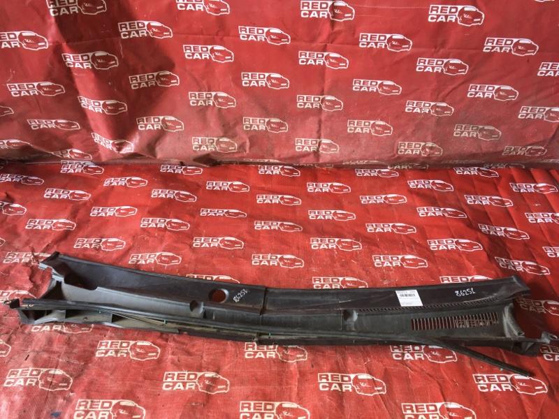 Жабо Toyota Porte NNP11-5016639 1NZ-C636436 2007 (б/у)