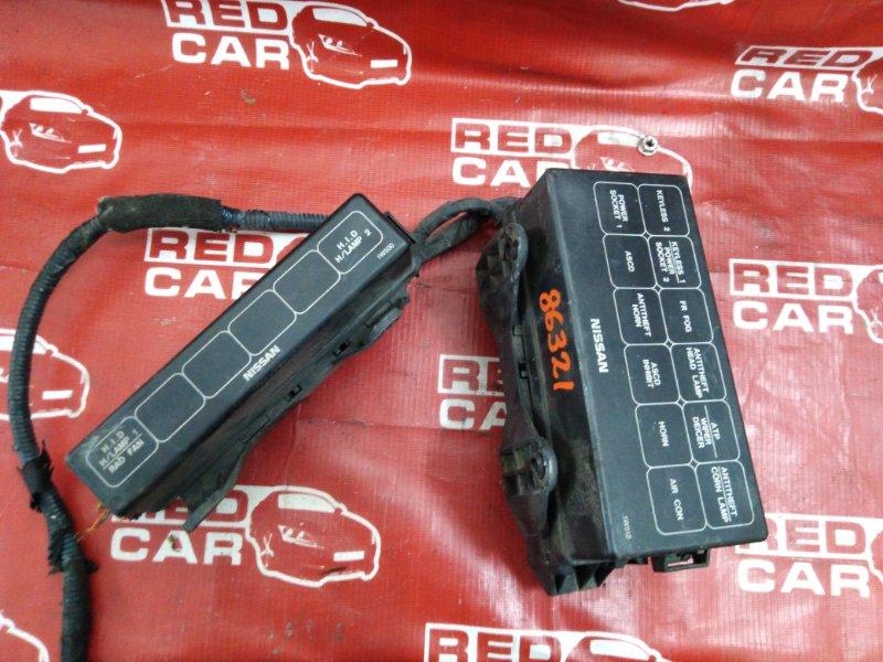 Блок предохранителей под капот Nissan Terrano PR50-011147 QD32 1997 (б/у)