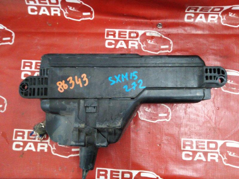 Блок предохранителей под капот Toyota Ipsum SXM15-0030079 3S-2286029 1997 (б/у)