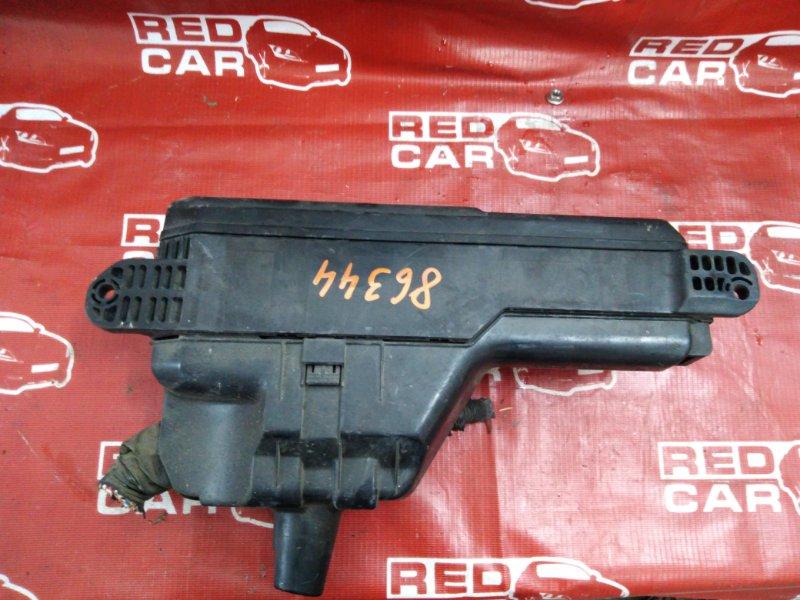Блок предохранителей под капот Toyota Gaia SXM15-7025269 3S-7993135 2002 (б/у)