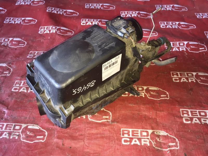 Корпус воздушного фильтра Toyota Corolla Runx ZZE124-0020190 1ZZ-2428159 2005 (б/у)