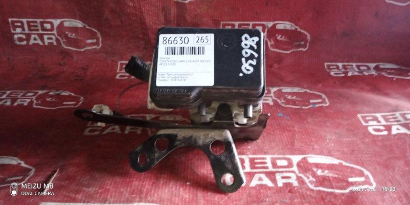 Блок abs Toyota Porte NNP11-5016639 1NZ-C636436 2007 (б/у)