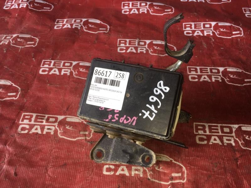 Блок abs Toyota Probox NCP55-0052818 1NZ-C602722 2007 (б/у)