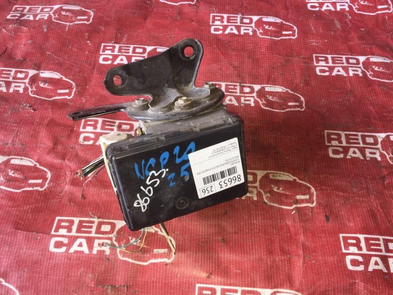 Блок abs Toyota Funcargo NCP20-0368203 2NZ-3552568 2004 (б/у)