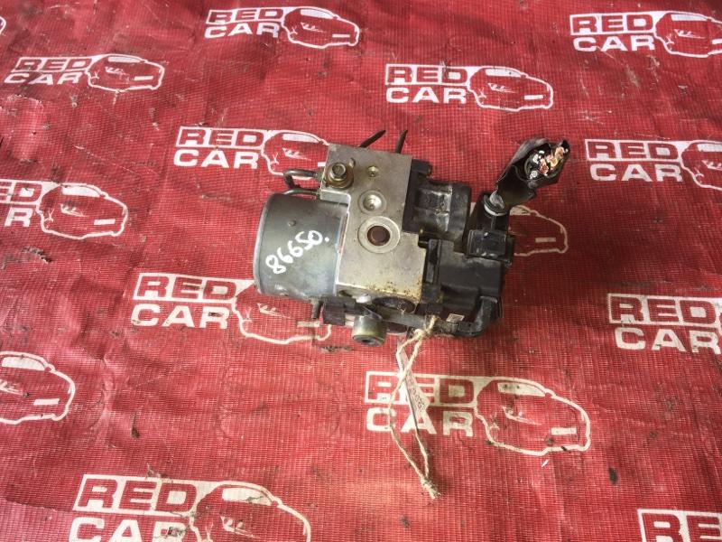 Блок abs Nissan Bluebird SU14-105853 CD20-752972X 1999 (б/у)