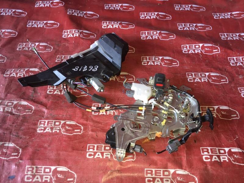 Замок двери Honda Freed GB4-1006432 L15A-2506442 2009 задний левый (б/у)