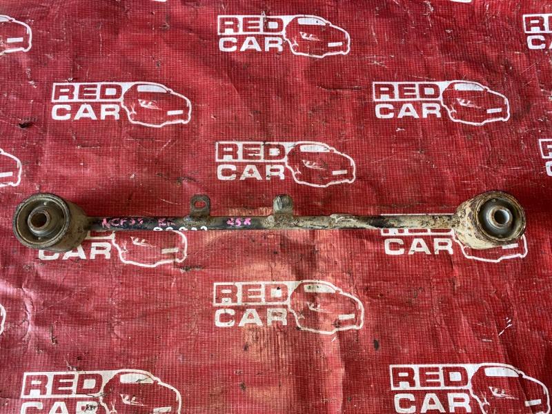 Тяга моста Toyota Probox NCP55-0052818 1NZ-C602722 2007 задняя верхняя (б/у)
