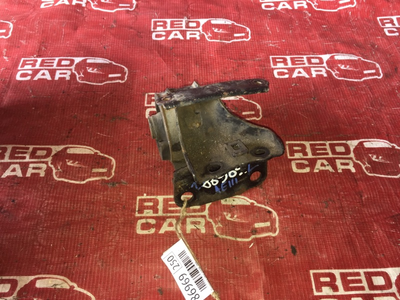 Подушка двигателя Toyota Carib AE111-7071013 4A-H371642 1999 левая (б/у)