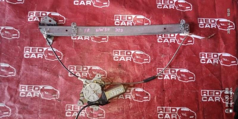 Стеклоподъемник Nissan Largo NW30-007284 KA24-687868W 1994 передний правый (б/у)