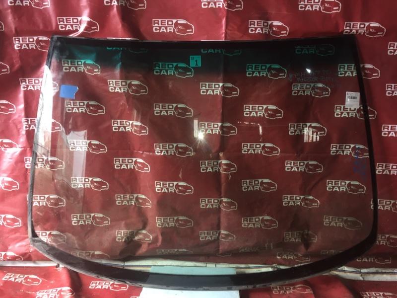 Лобовое стекло Toyota Gaia SXM15-7025269 3S-7993135 2002 переднее (б/у)