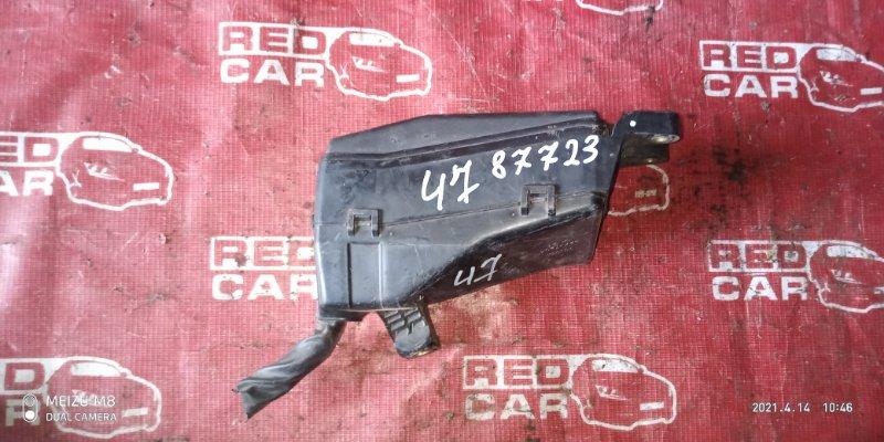 Блок предохранителей под капот Toyota Mark Ii GX115 1G (б/у)