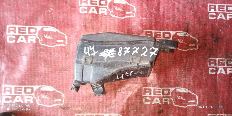 Блок предохранителей под капот Toyota Verossa GX110 1G (б/у)