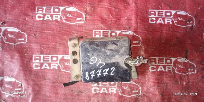 Блок предохранителей под капот Honda Stepwgn RF1 B20B (б/у)