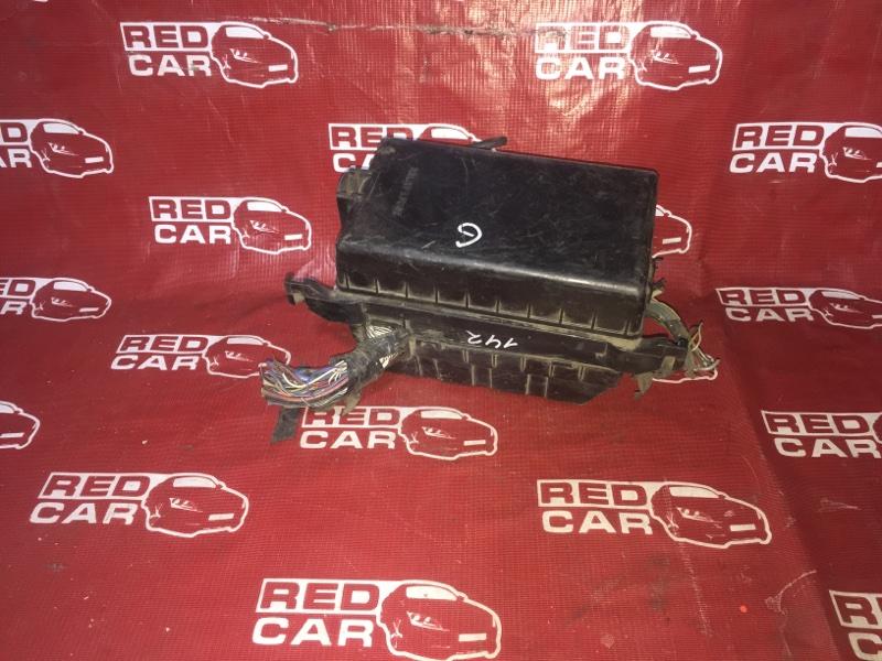 Блок предохранителей под капот Toyota Noah SR50 3S (б/у)