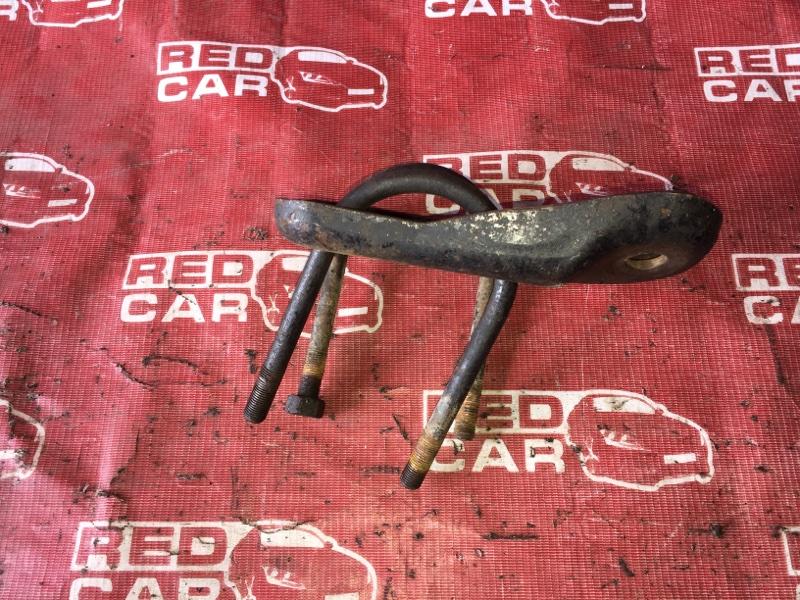 Стремянка рессоры Nissan Caravan KRME24-045338 TD27 1992 (б/у)