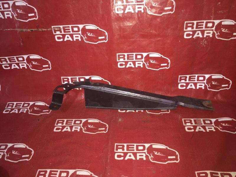Планка телевизора Mazda Demio DW3W-317229 B3 1998 (б/у)