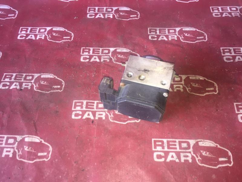 Блок abs Suzuki Jimny JB23W K6A (б/у)