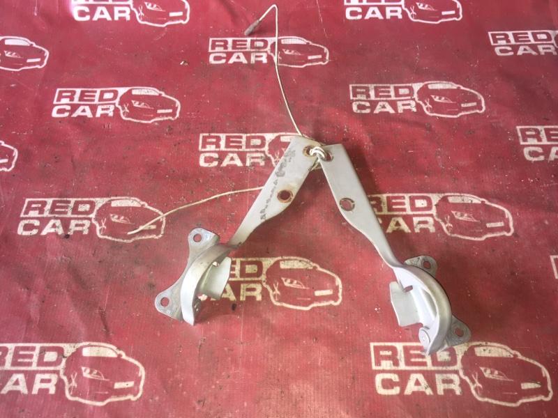 Петля капота Suzuki Jimny JB23W K6A (б/у)