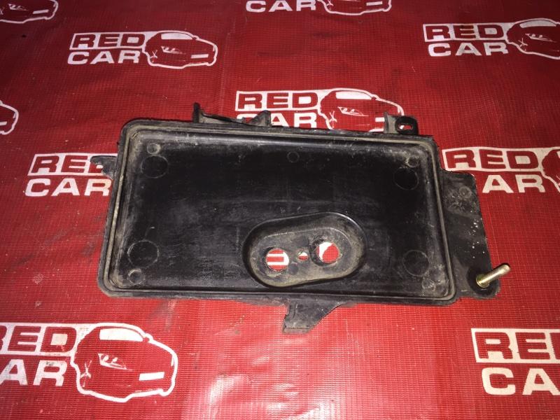 Подставка под аккумулятор Mazda Familia BJ5P-309635 ZL-398865 2001 (б/у)