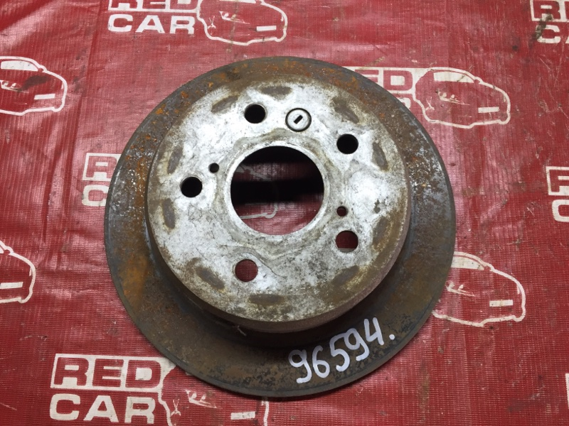 Тормозной диск Toyota Camry SV43 задний (б/у)