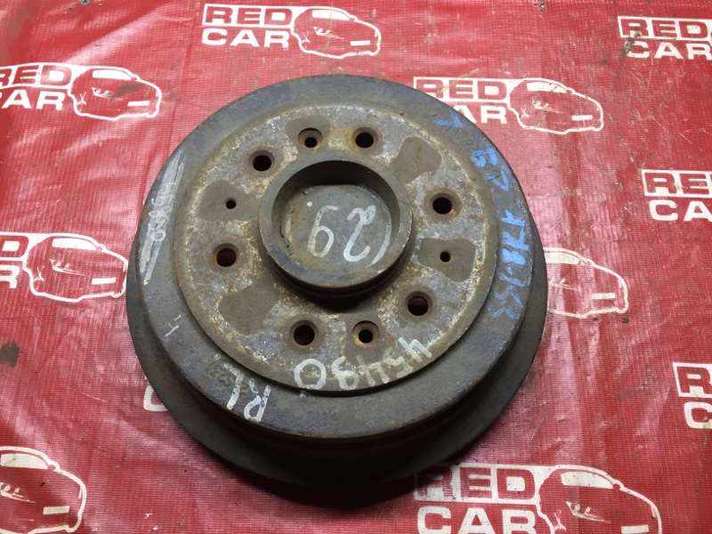 Тормозной барабан Mazda Bongo Friendee SSF8 задний (б/у)