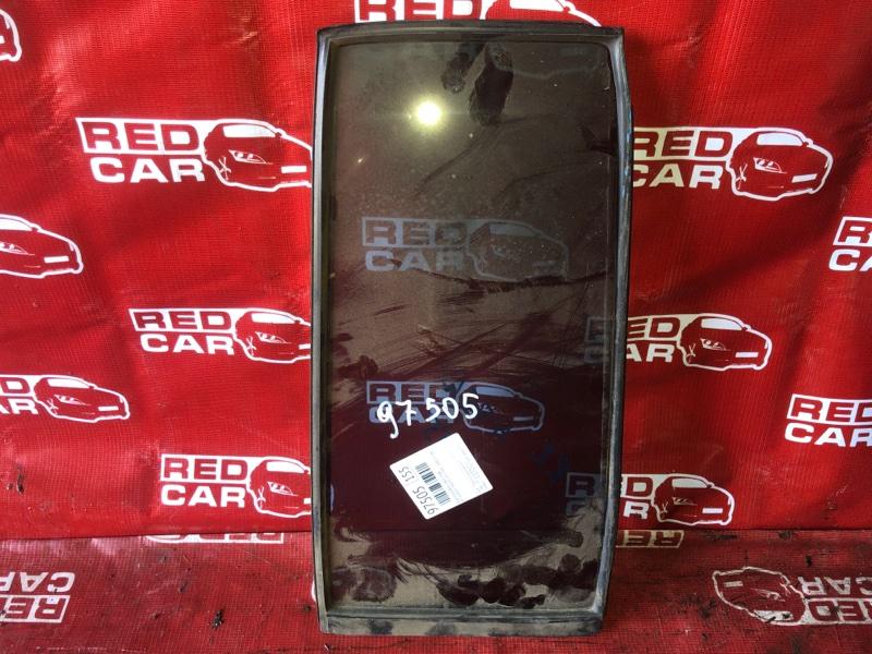 Форточка двери Mitsubishi Pajero Io H76W-5500231 4G93 2004 задняя правая (б/у)