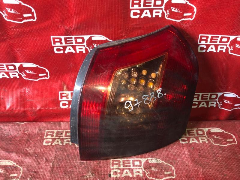 Стоп-сигнал Toyota Allex NZE124-0060599 1NZ-C921751 2006 правый (б/у)