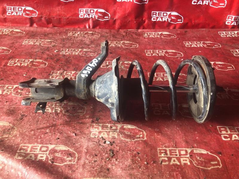 Стойка Honda Civic EU1-1203583 D15B-3716252 2002 передняя правая (б/у)