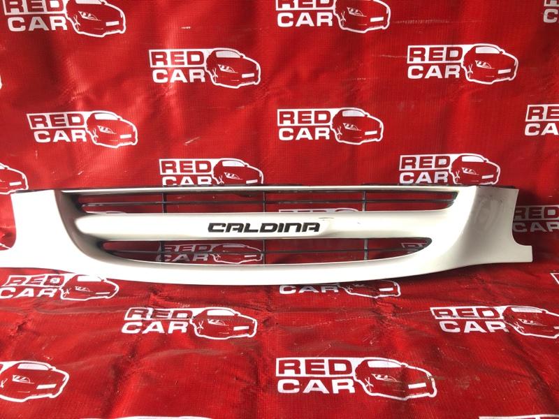 Решетка радиатора Toyota Caldina ST210 (б/у)
