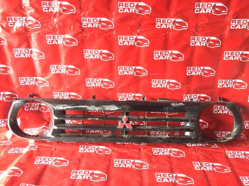 Решетка радиатора Mitsubishi Pajero Junior H57A-0020042 4A31-544560 1996 (б/у)