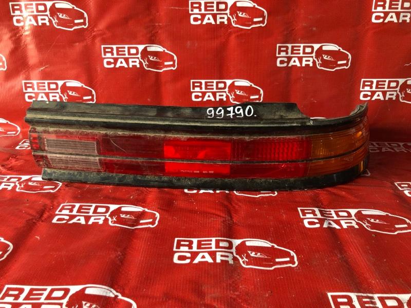 Стоп-сигнал Toyota Mark Ii JZX90-0021360 1JZ-0320263 1992 правый (б/у)