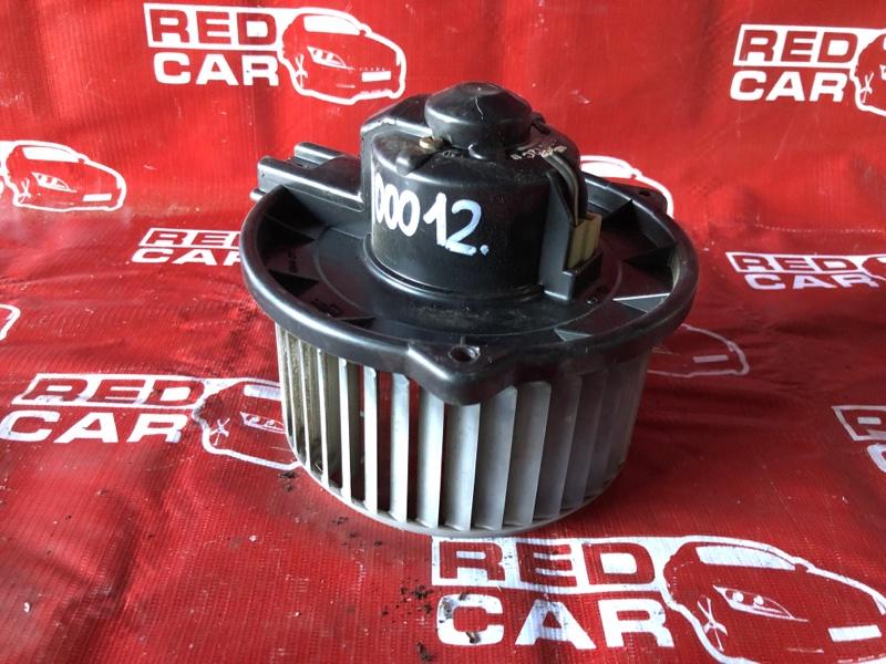 Мотор печки Toyota Corolla Runx NZE124-5002724 1NZ-A336692 2001 (б/у)