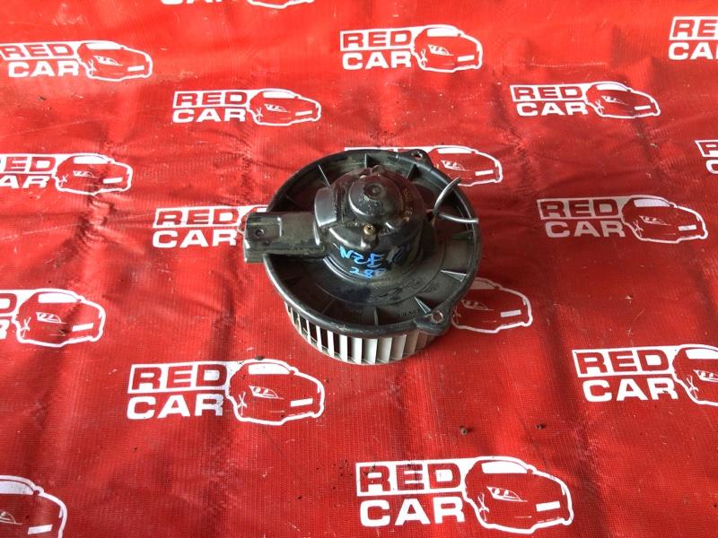 Мотор печки Toyota Corolla NZE124-0030207 1NZ-A706170 2002 (б/у)
