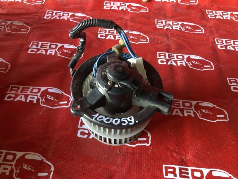 Мотор печки Toyota Vitz SCP10-0441005 1SZ-1137842 2003 (б/у)