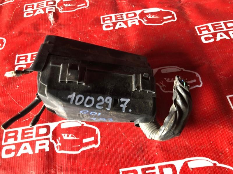 Блок предохранителей под капот Honda Fit GD1-1017845 L13A-1016600 2001 (б/у)