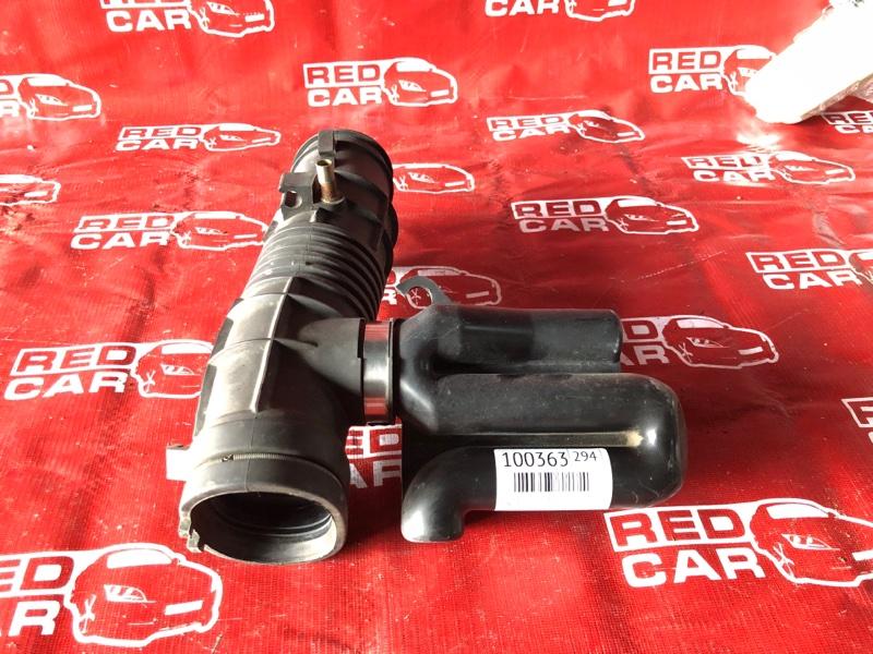 Гофра воздушного фильтра Honda Odyssey RA8-01050922 J30A-3011958 2000 (б/у)