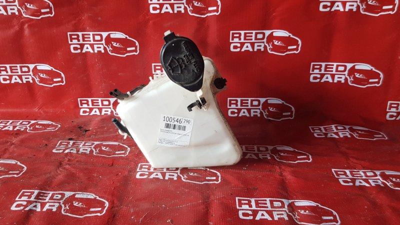 Бачок омывателя Toyota Ractis NCP105-0006171 1NZ-C036969 2006 (б/у)