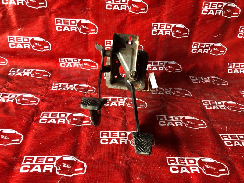 Педаль сцепления Mitsubishi Pajero Junior H57A-0020042 4A31-544560 1996 (б/у)