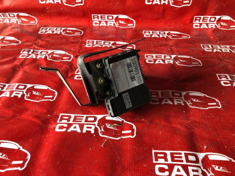 Блок abs Mitsubishi Dion CR6W-0006739 4G94-NC4831 2001 (б/у)