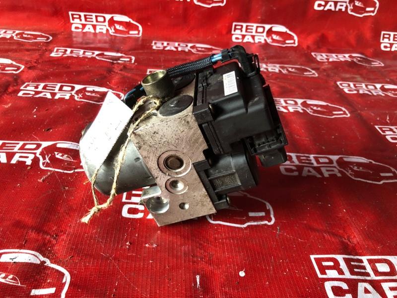Блок abs Nissan Sunny FB15-084656 QG15-325310 2000 (б/у)