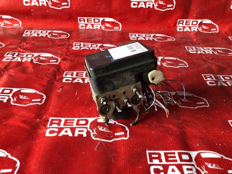 Блок abs Toyota Opa ZCT15-0005426 1ZZ-3773782 2001 (б/у)