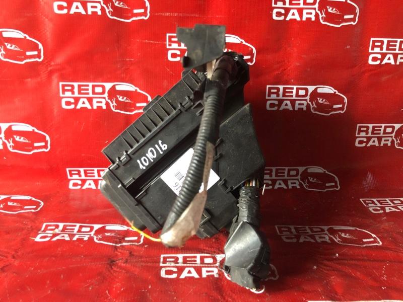 Блок предохранителей под капот Toyota Camry ACV30 (б/у)