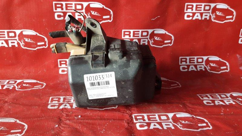 Блок предохранителей под капот Toyota Opa ZCT15-0005426 1ZZ-3773782 2001 (б/у)