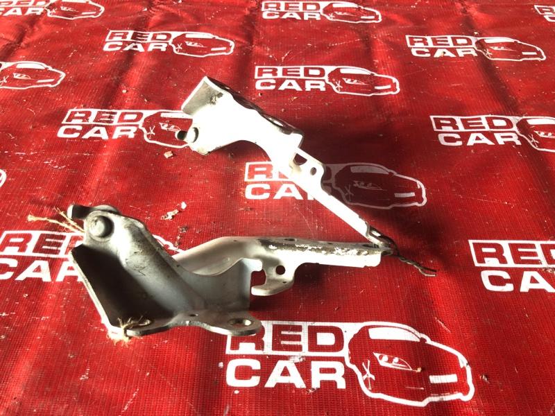 Петля капота Toyota Harrier ACU35-0008328 2AZ-1675964 2004 (б/у)