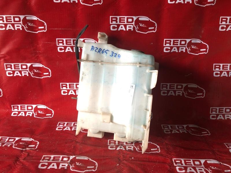 Бачок омывателя Toyota Voxy AZR65-0046691 1AZ-4699992 2002 (б/у)