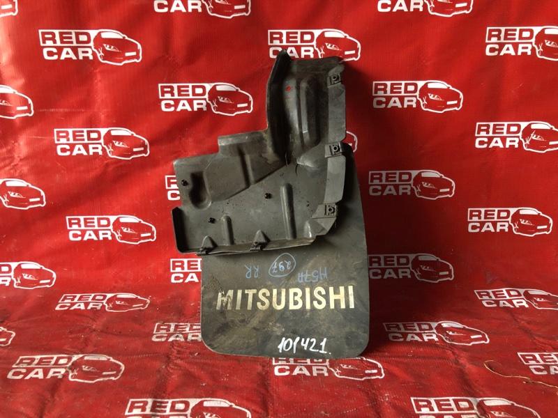 Брызговик Mitsubishi Pajero Junior H57A-0020042 4A31-544560 1996 задний правый (б/у)