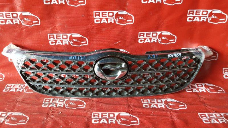 Решетка радиатора Toyota Corolla NZE121-3052598 1NZ-A188480 2001 (б/у)