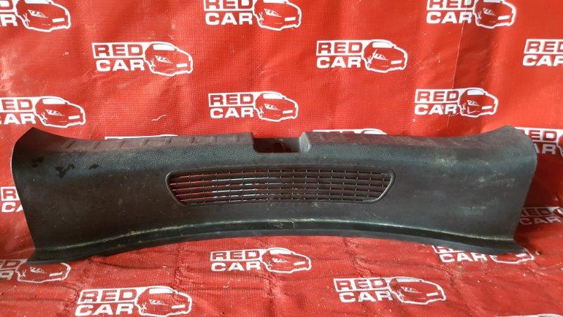 Накладка замка багажника Honda Fit GE6-1017381 L13A-4019945 2007 (б/у)