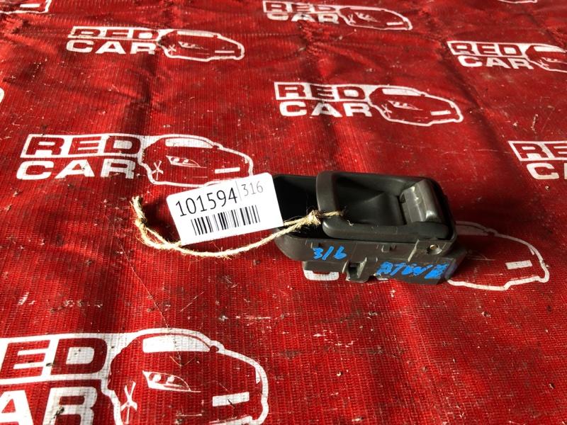 Ручка двери внутренняя Nissan Elgrand ATWE50-008758 ZD30-032753A 2000 передняя левая (б/у)